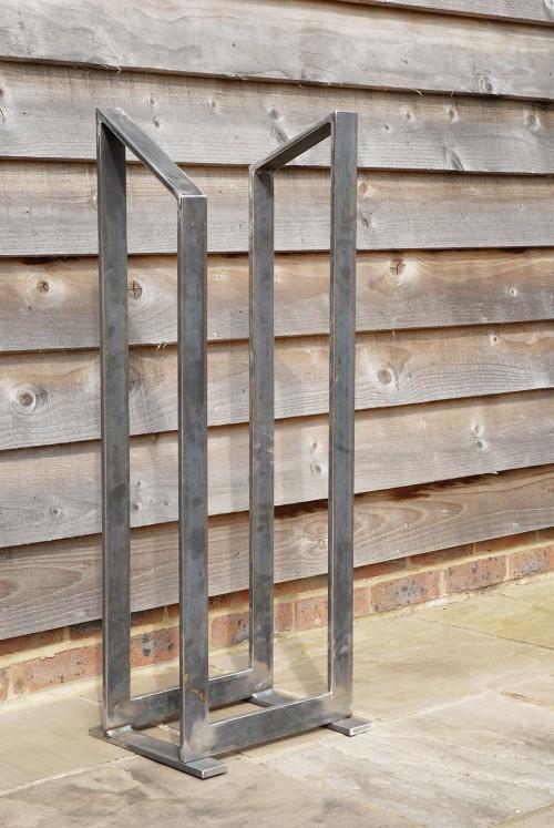 Thinman log rack / stand