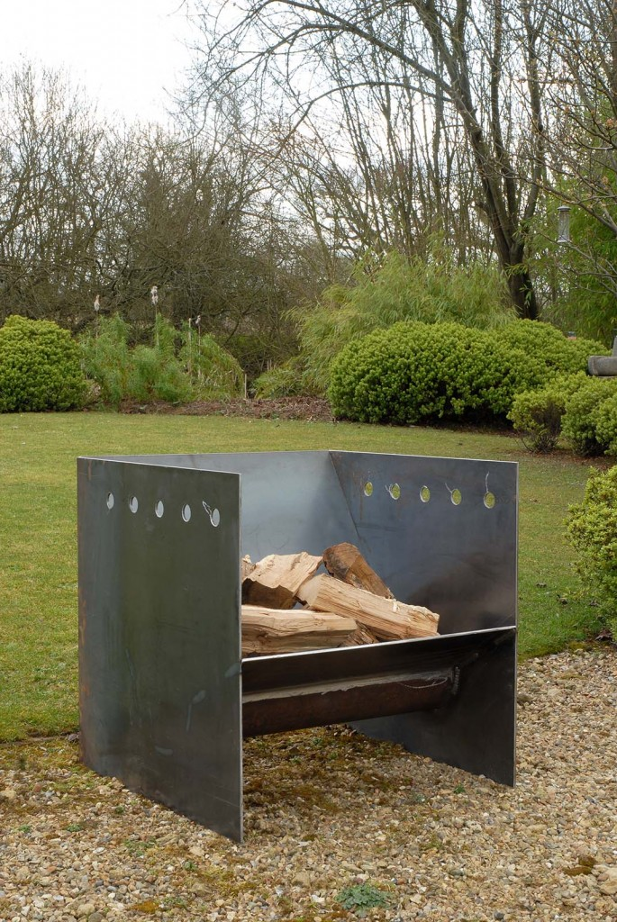 Magmafirepits contemporary quality fire pits uk made for Modern fire pit