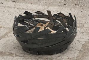 ERTA modern fire pit in woven steel, each one is a unique work of art